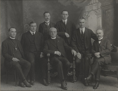 C.H. Little and other Evangelical Lutheran Seminary of Canada faculty, 1920-1921